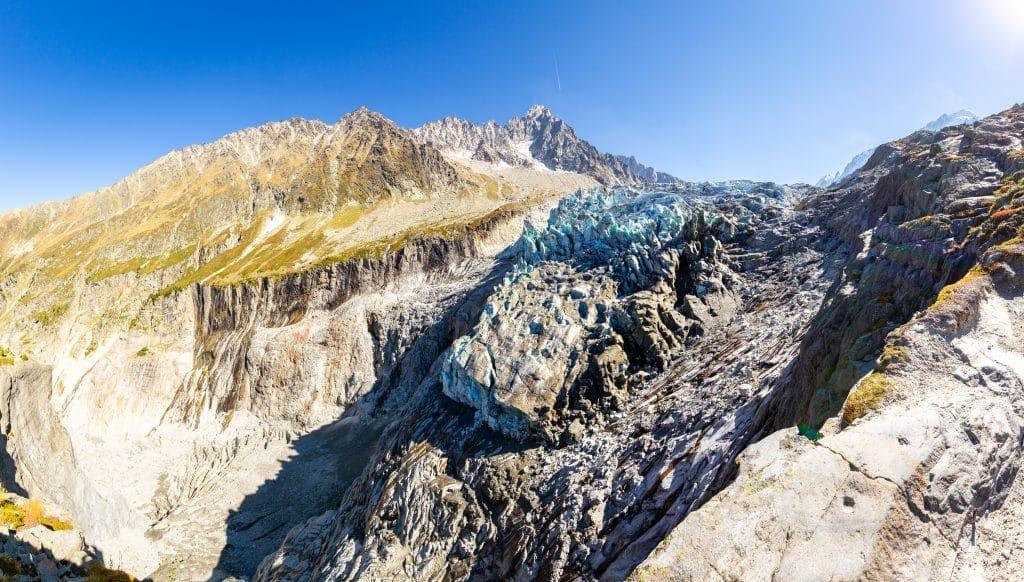 Paysage estival autour glacier d'Argentière